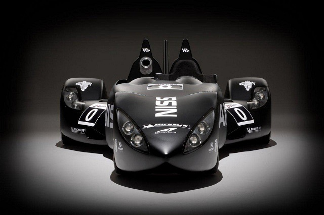 Nissan_Deltawing_10