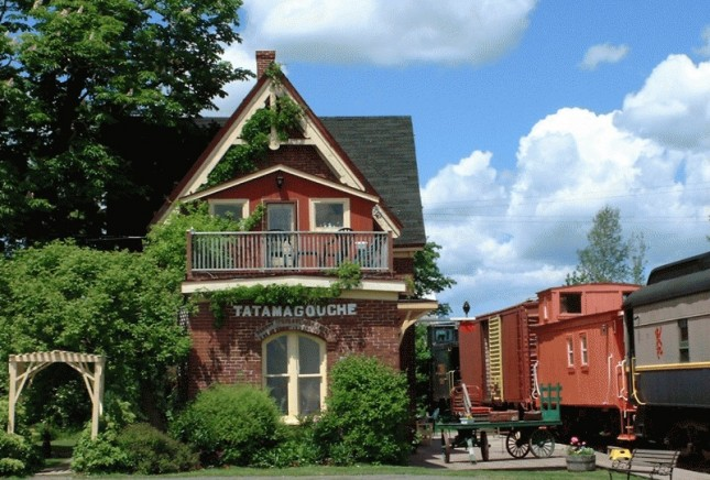 TRAIN STATION INN - CANADA